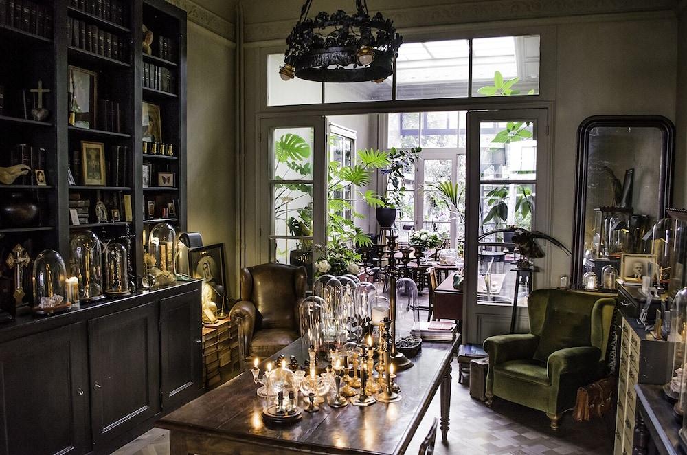 Boulevard Leopold Rooms & Suites