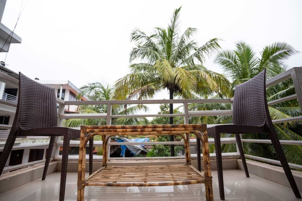Golden Leaf Resorts