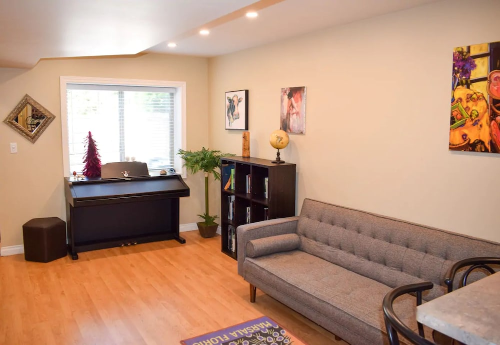 Spacious 1 Bedroom Lower-level Suite