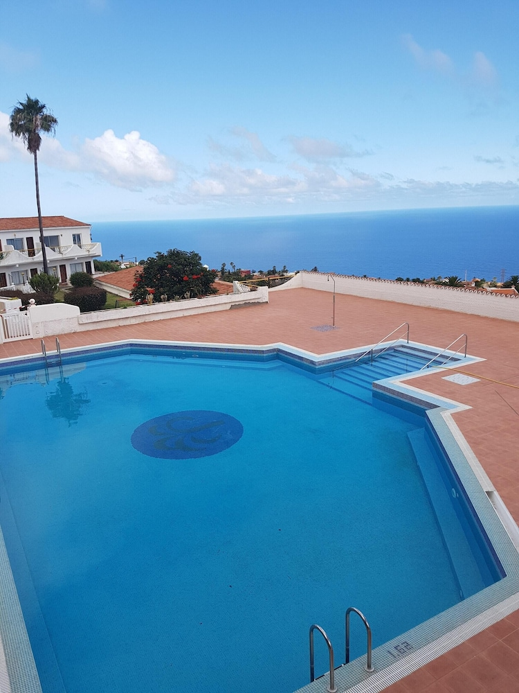 Apartment With one Bedroom in Tacoronte, With Wonderful sea View, Pool