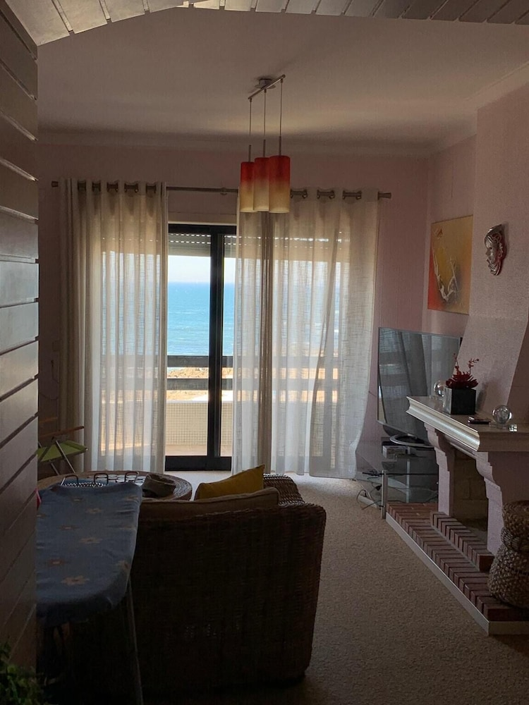 Apartment With 4 Bedrooms in Paranho de Areia, With Wonderful sea View