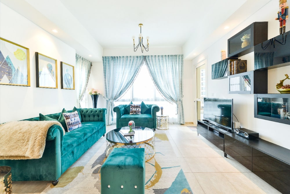 Marvelous 2BR Apt. in Palm Jumeirah