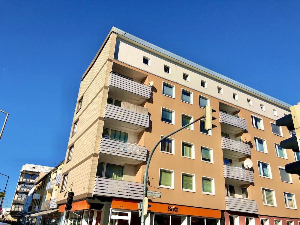 Apartment Rothenfelderstrasse 9