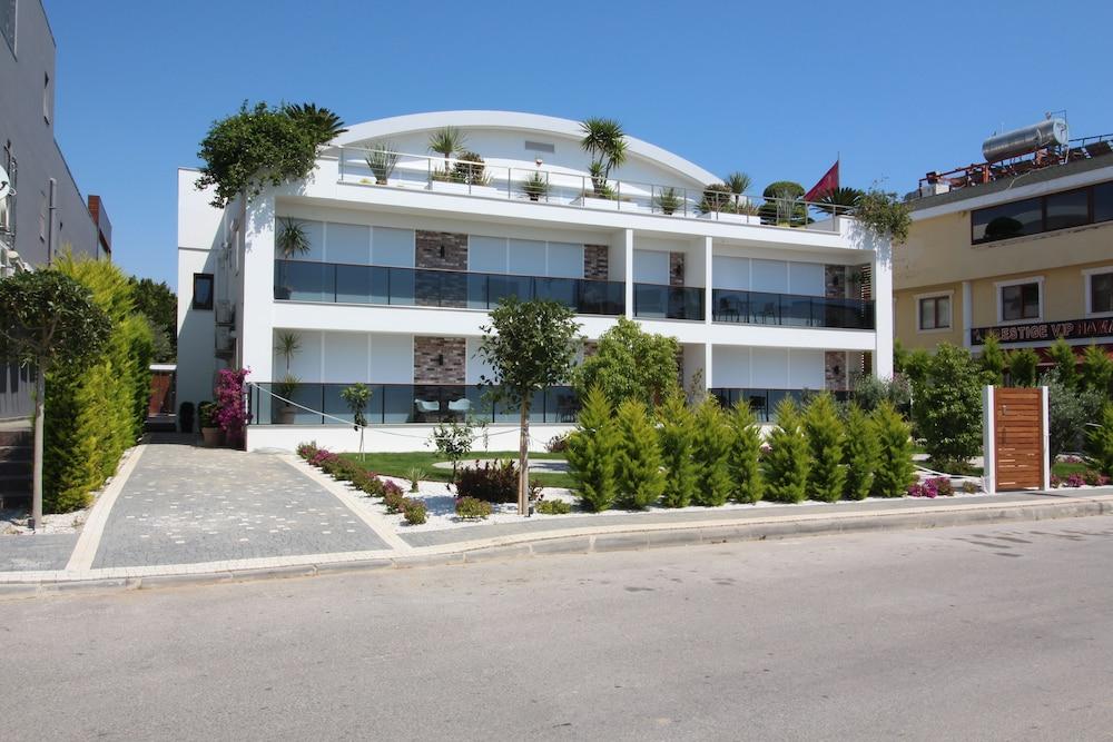 Elia Apartments Side