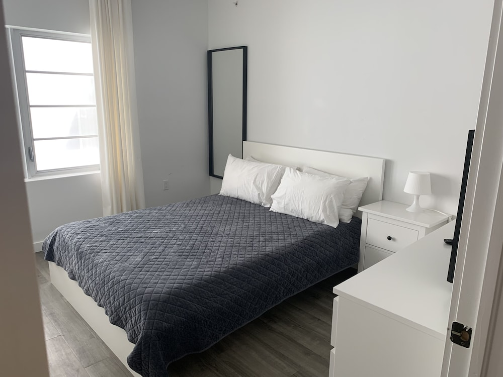 Chelsea South Apartments 30 Day Rentals
