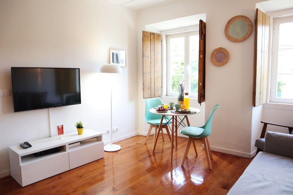 Armada Square II Apartment Rentexperience