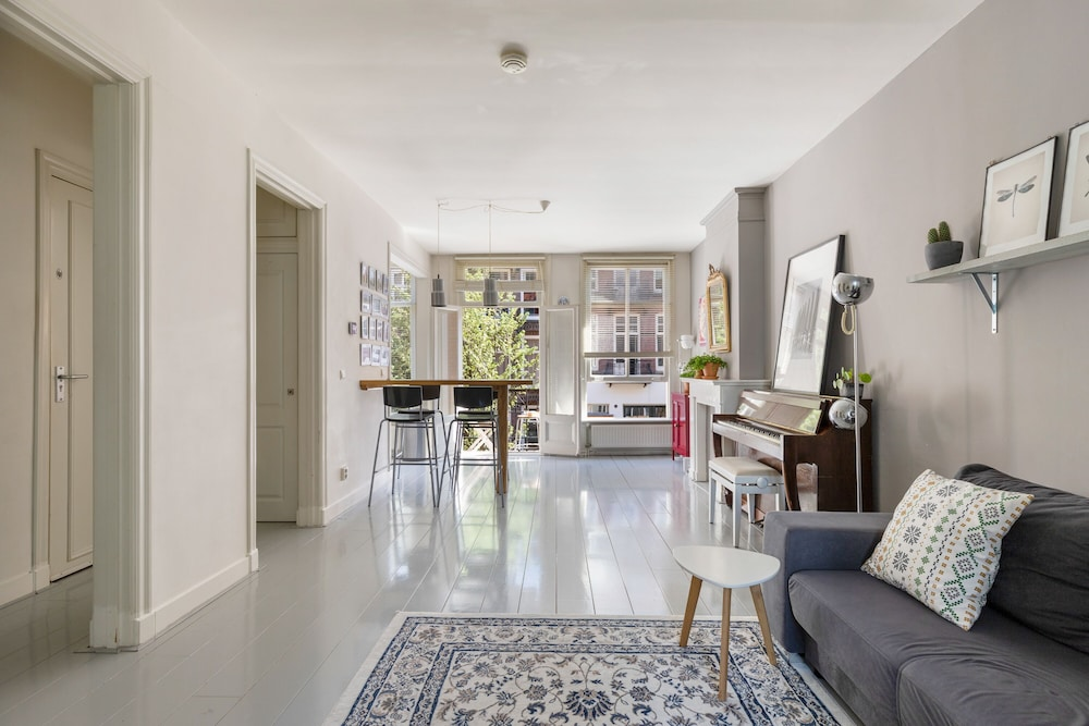 NEW! Beautiful Apartment De Pijp