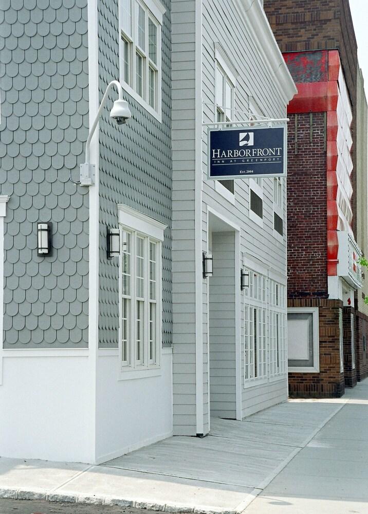 The Harborfront Inn