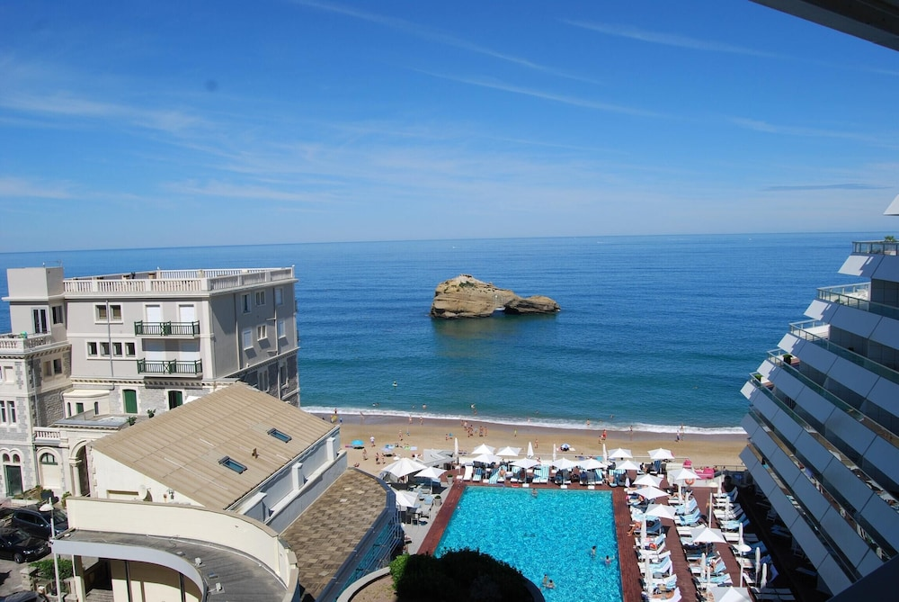 Studio in Biarritz, With Wonderful sea View, Furnished Terrace and Wif