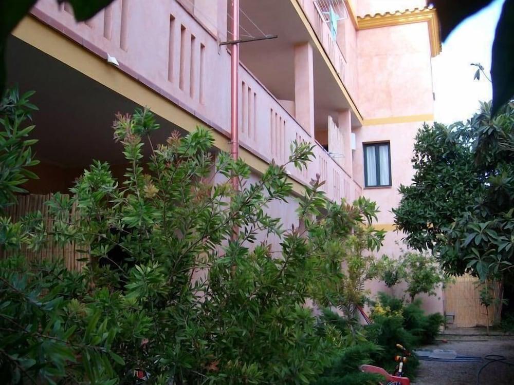 Residence Costa Del Sole