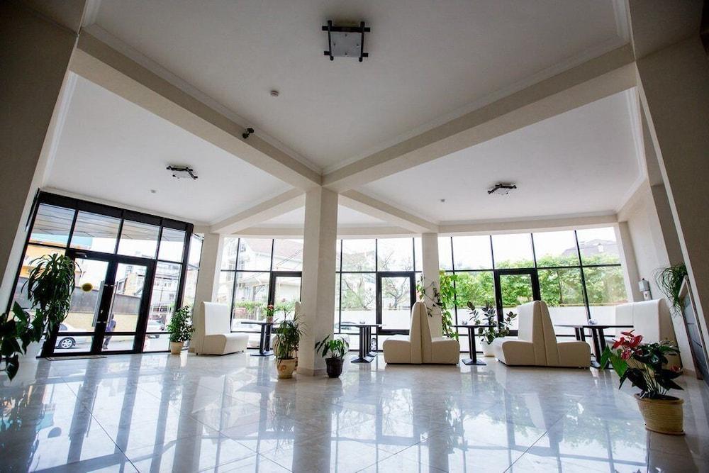 Aquarium apart-hotel