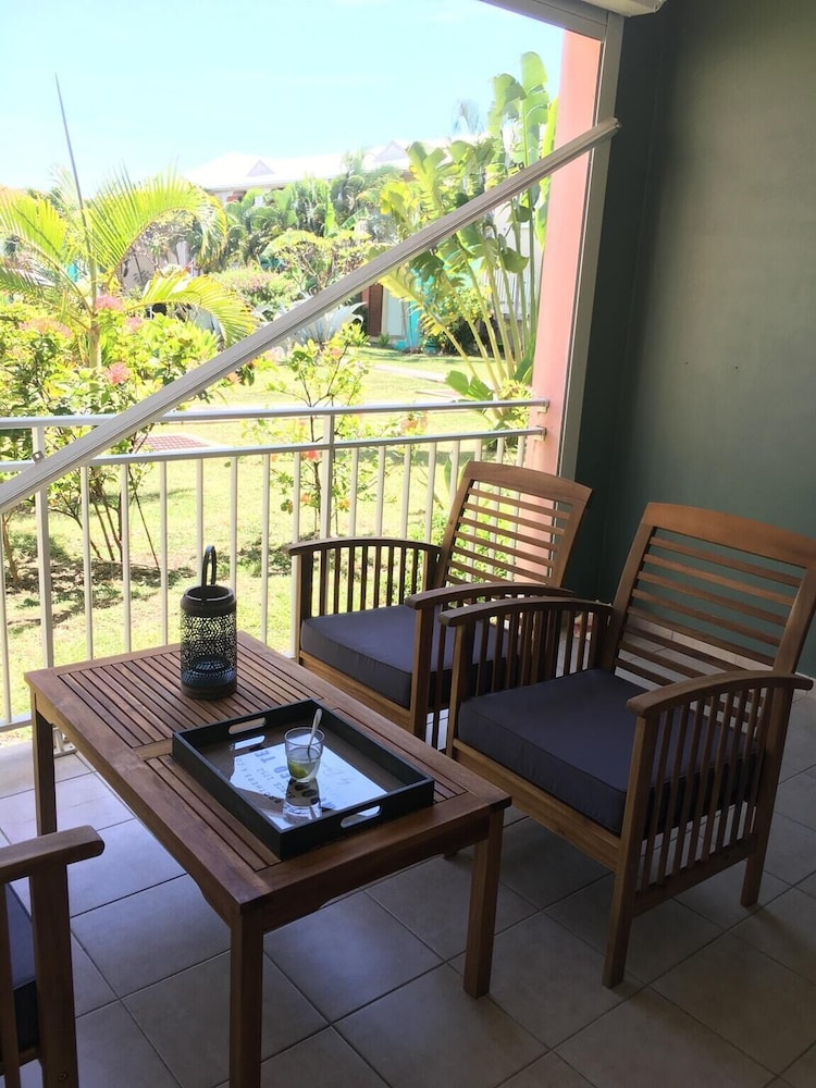 Apartment With 2 Bedrooms in Saint-françois, With Pool Access, Furnish