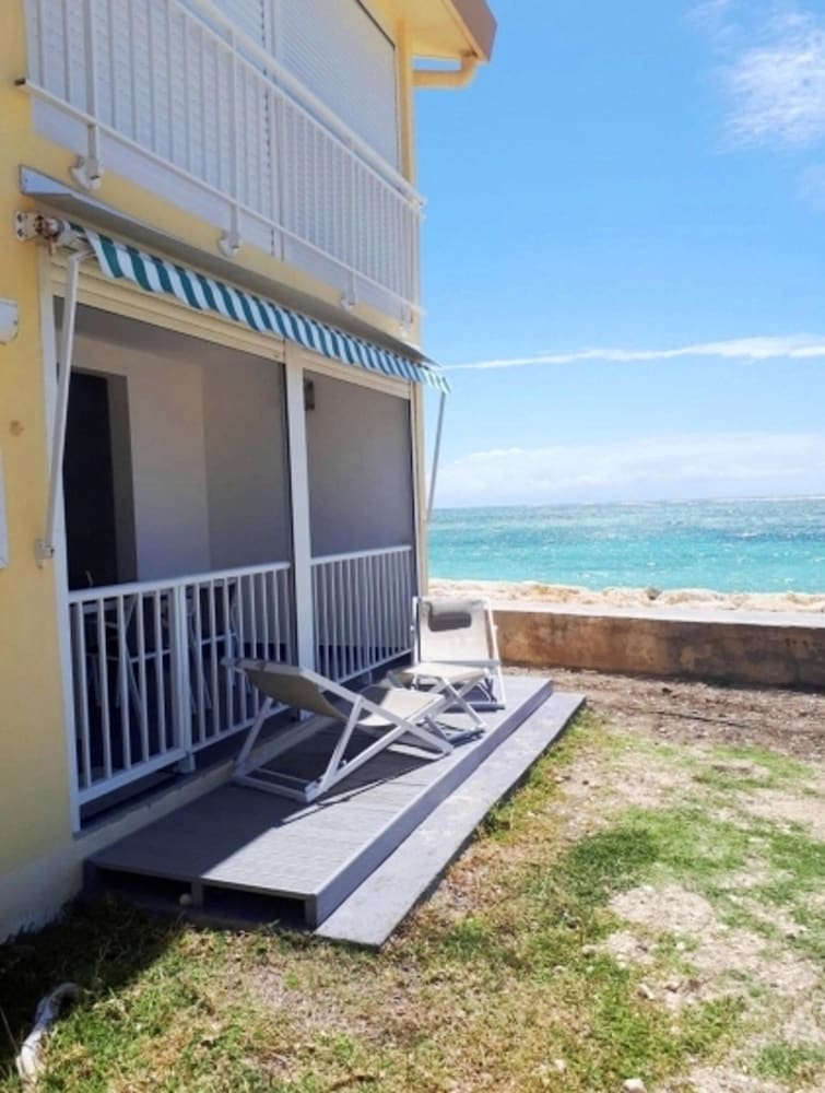 Apartment With one Bedroom in Sainte-anne, With Wonderful sea View, En