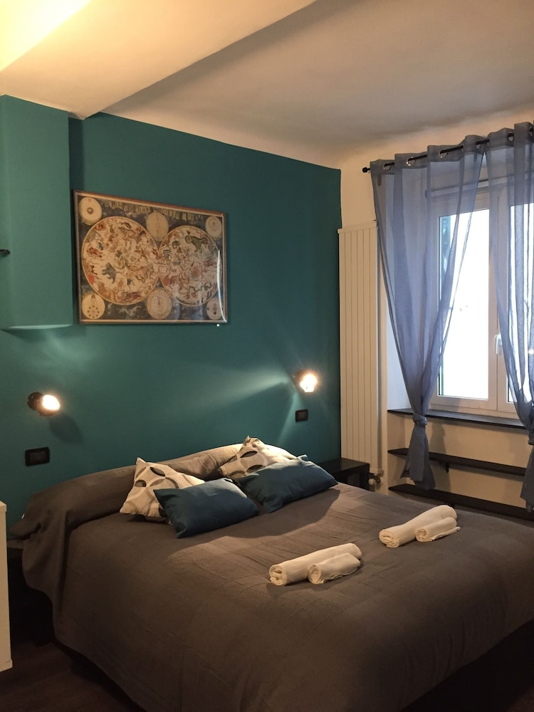 Casa Cavour 12