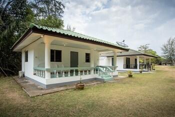 Bangben Beachfront Resort (1463930688) photo