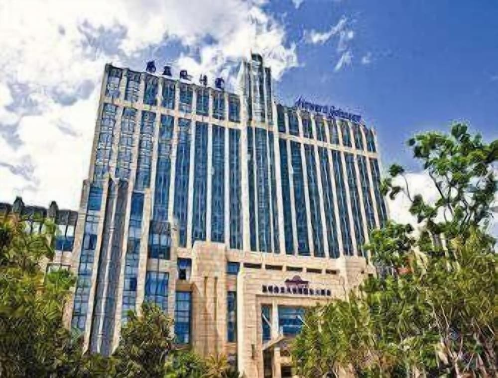 Howard Johnson Tropical Garden Plaza Kunming
