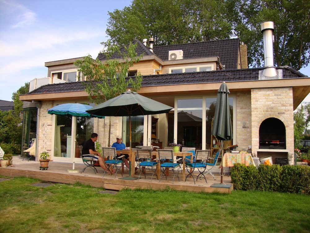 Le Coquin Bed & Breakfast