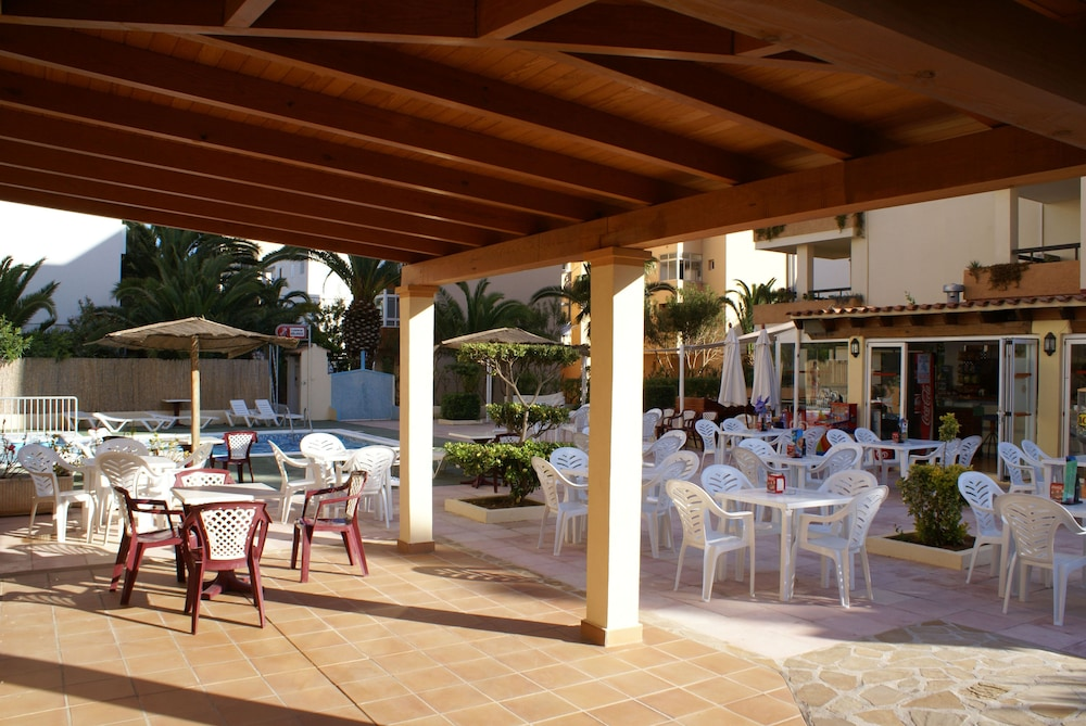 Apartamentos Arlanza - Adults Only
