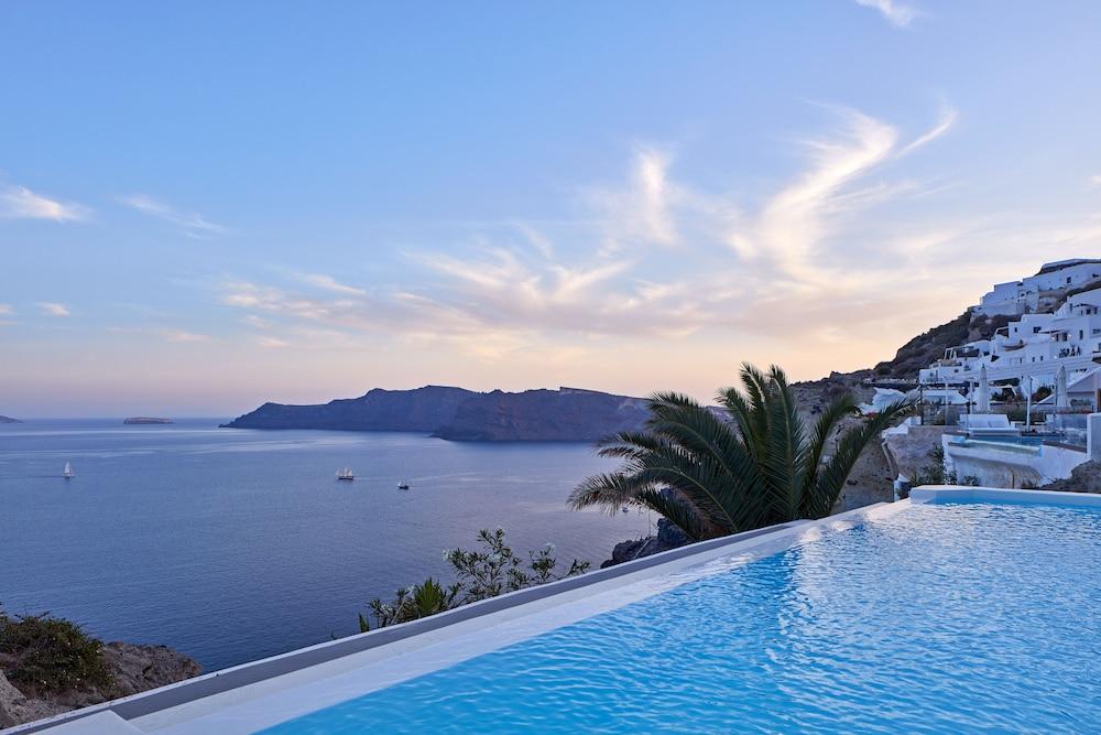 Villa Katikies- The Leading Hotels Of The World