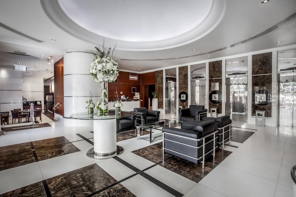 Golden Sands Hotel Sharjah (formerly Ramada Hotel & Suite)