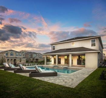 Starmark Vacation Homes