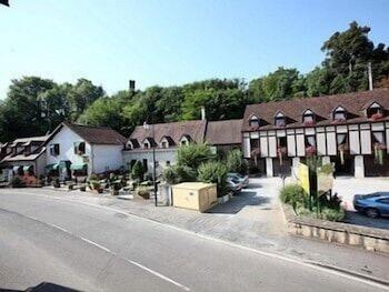 tarifs reservation hotels Hôtel Restaurant Le Bourguignon