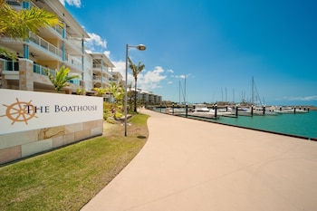 Mantra Boathouse Apartments