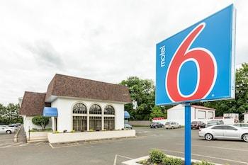 Motel 6 Warminster, PA in Philadelphia, Pennsylvania