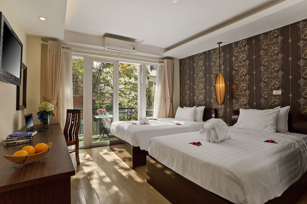 Impressive Hotel