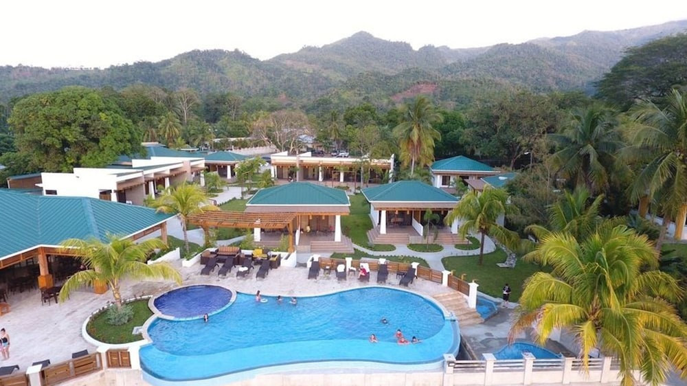 Paraiso Rainforest And Beach Hotel