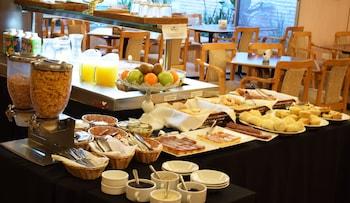 Hotel Solans Republica - Breakfast Area  - #0