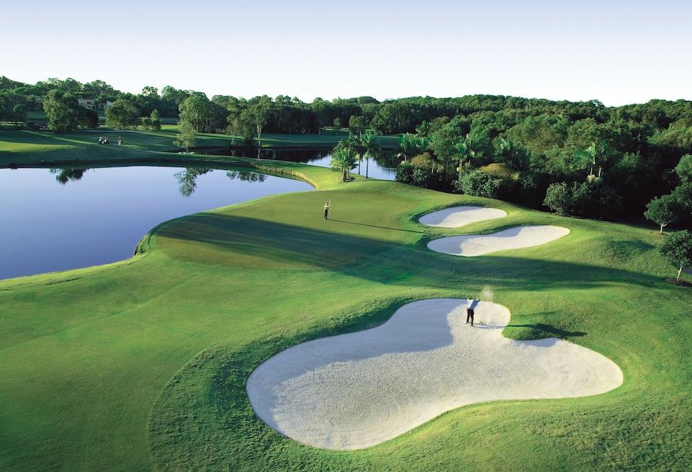 Noosa Springs Golf Resort & Spa