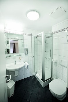 Best Western Hotel Weisses Lamm - Bathroom  - #0