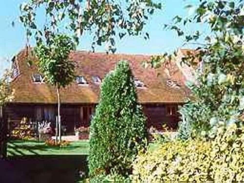 The Old Barn at Bethersden
