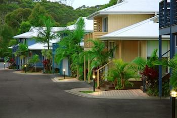 Flynns on Surf Beach Villas
