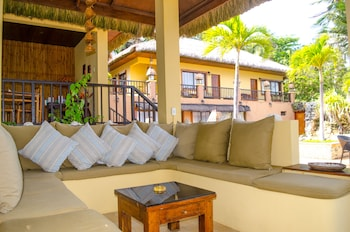 Palm Breeze Villa Boracay Exterior detail