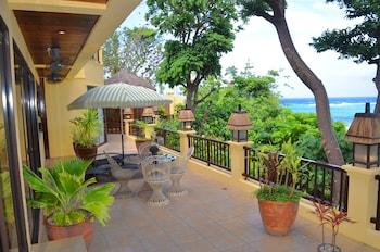 Palm Breeze Villa Boracay Balcony