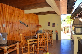 Palm Breeze Villa Boracay Dining