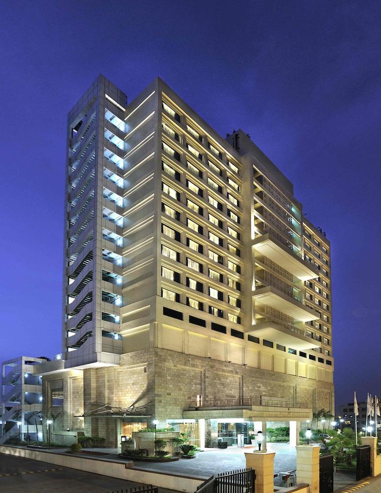 Holiday Inn New Delhi Mayur Vihar Noida