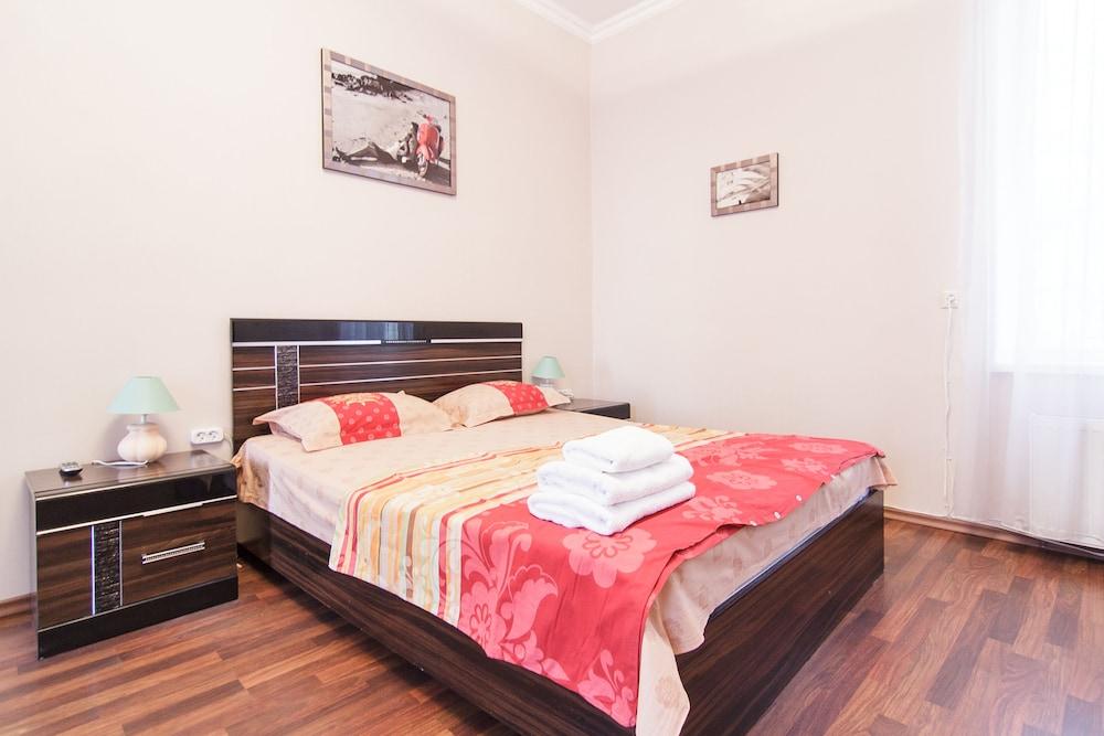 Odessa Rent Service Apartments