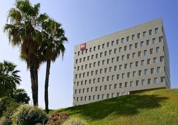 Photo for ibis Barcelona Santa Coloma in Santa Coloma de Gramenet