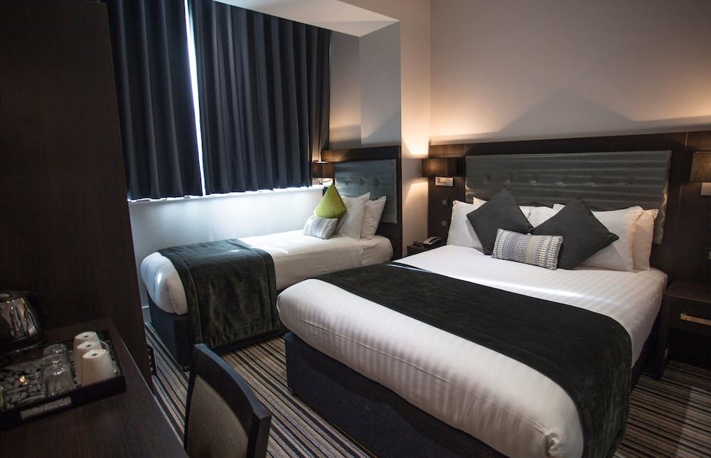 W14 Hotel