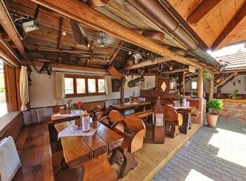 Gasthaus Bonimeier - Dining  - #0