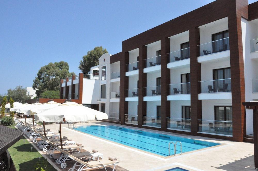 Veltur Turiya Hotel