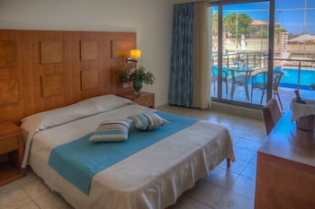 Lutania Beach Hotel - Guestroom  - #0