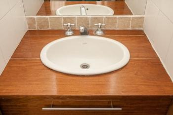 Hotel Playa Varese Inn - Bathroom  - #0