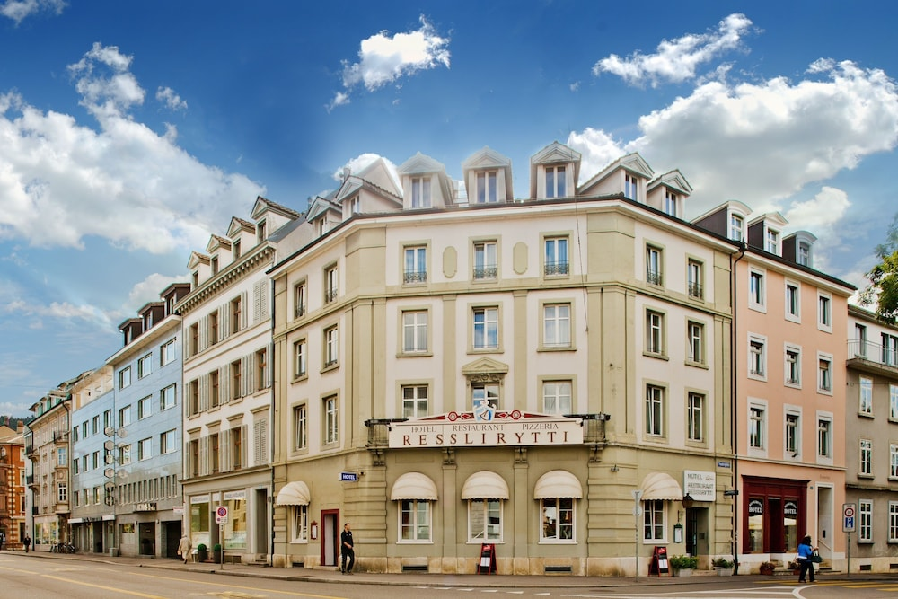Hotel Restaurant Resslirytti