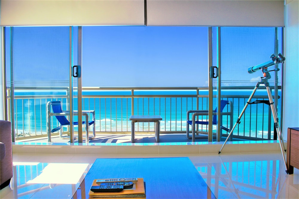 Seacrest Beachfront Holiday Apartments