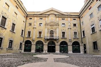 Prenota Hotel Casa Museo Palazzo Valenti Gonzaga