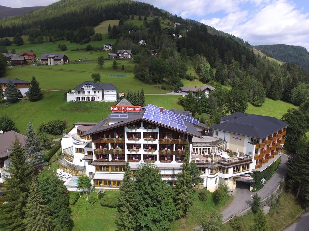 Wohlfühl & Genusshotel Felsenhof